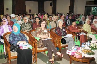 Seminar Manajemen Keuangan Keluarga