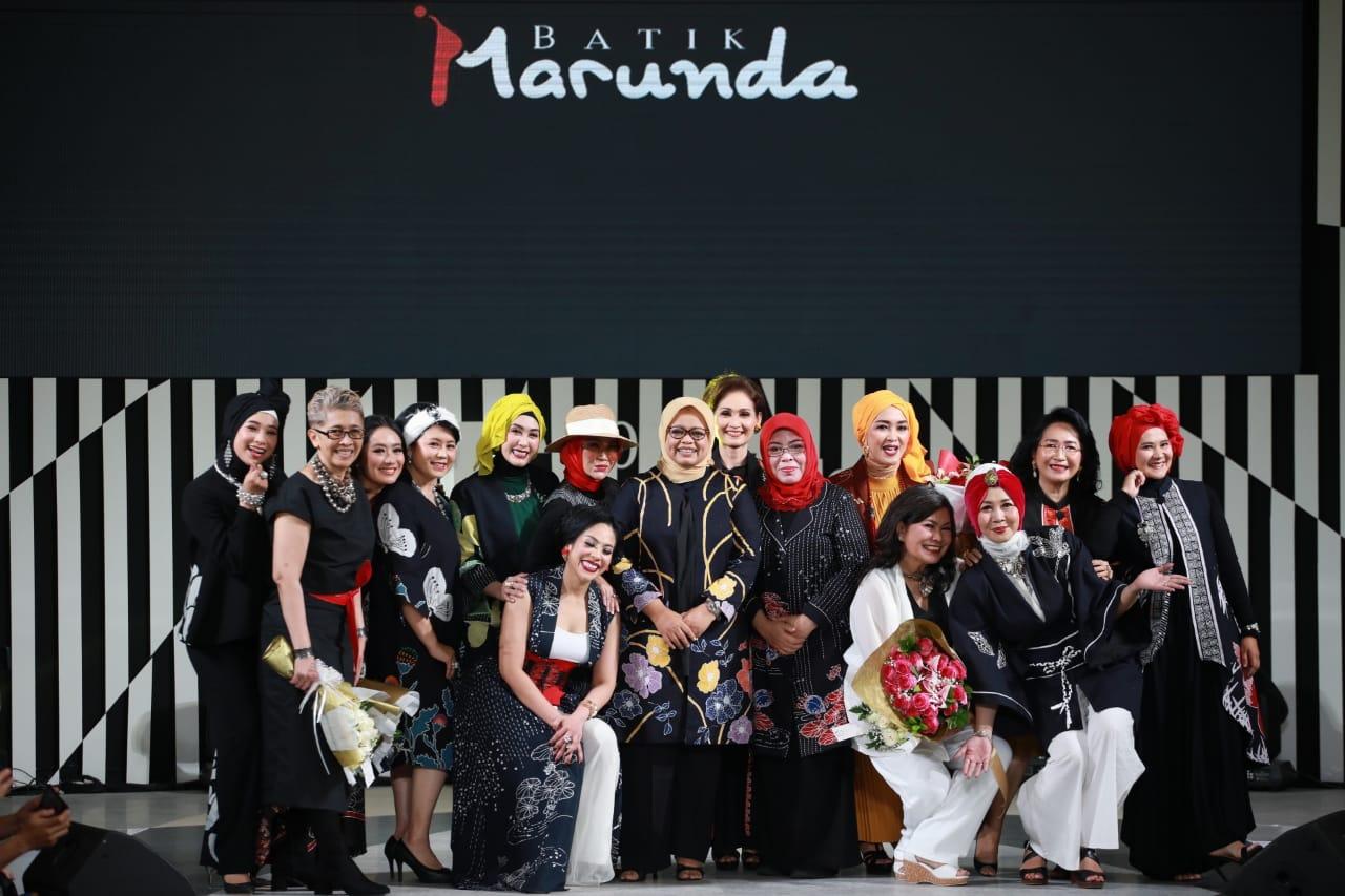 Fashion Show Batik Marunda di JFW 2020